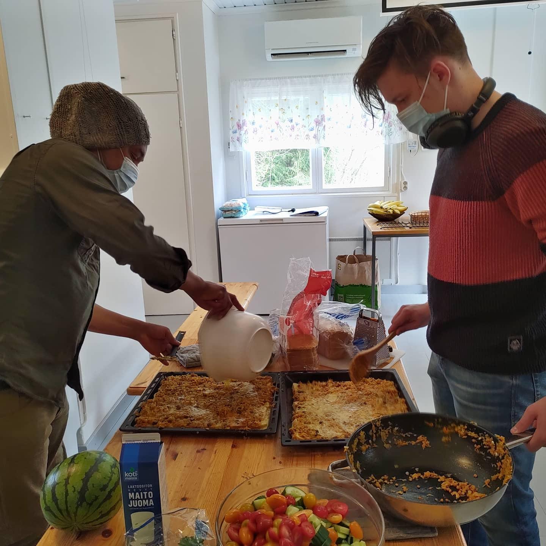 Keittiössä valmistui yhteistyössä eteläarfikkalainen kasvibboboti.