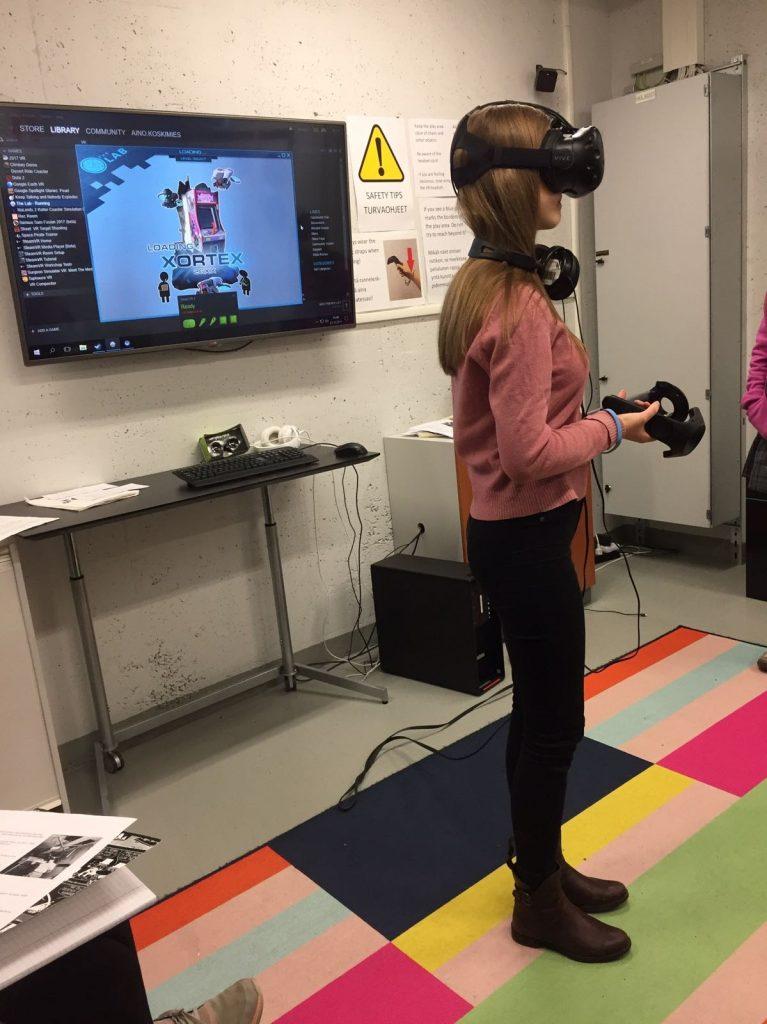 Virtuaalitodellisuutta ja johtamista auf Deutsch