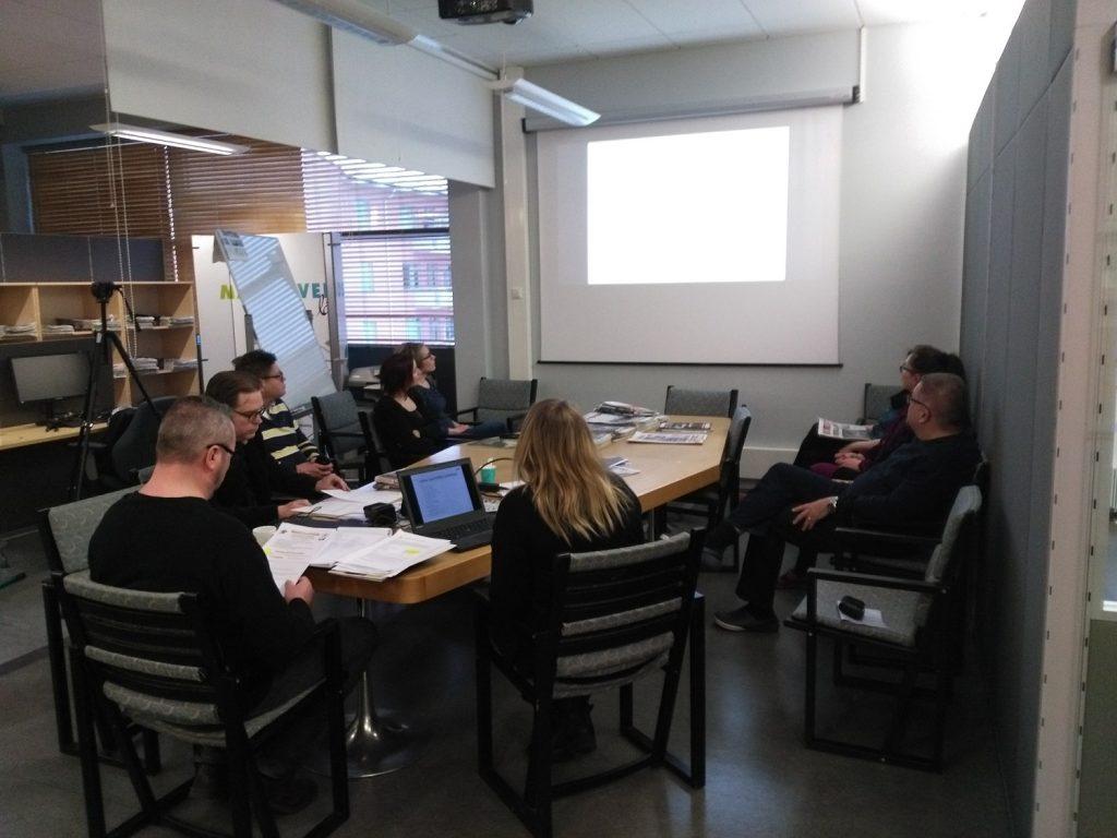 Vaasan lukiokoulutuksen opoTET-vierailut osa 3/3: OpoTET Pohjalaisen toimituksessa ja Wärtsilässä